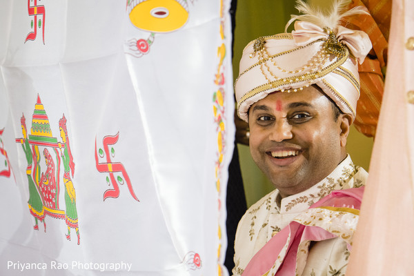 Indian groom about to meet the Maharani.