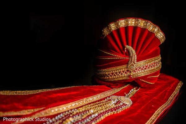 Indian groom's pagri and sherwani design.