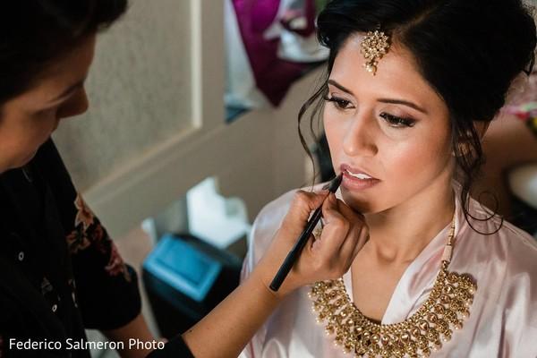 Glowing Indian bridal makeup.
