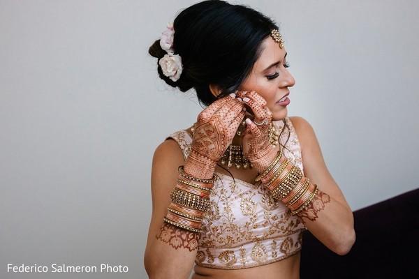 Indian bride elegant wedding ceremony look.