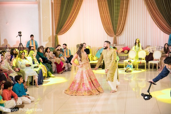 A choreography by Indian bride and her Indian groom