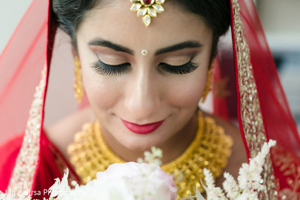 A close up to the Indian bride ready for the ceremony