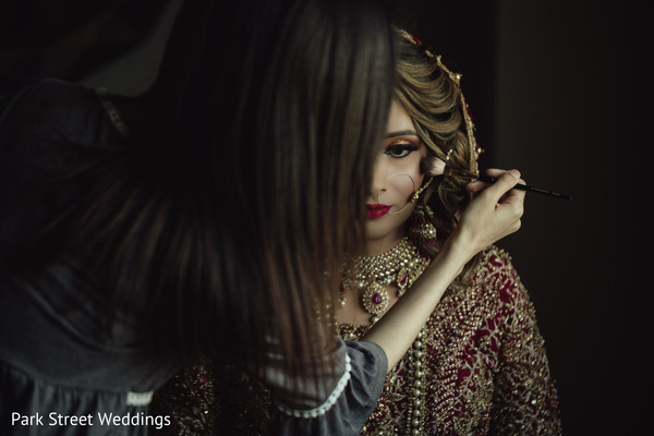 Indian bridal getting ready