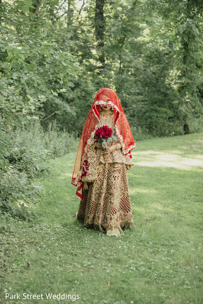 Indian bride  red & beige mehendi