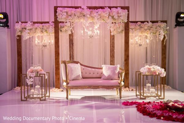 Indoor white mandap
