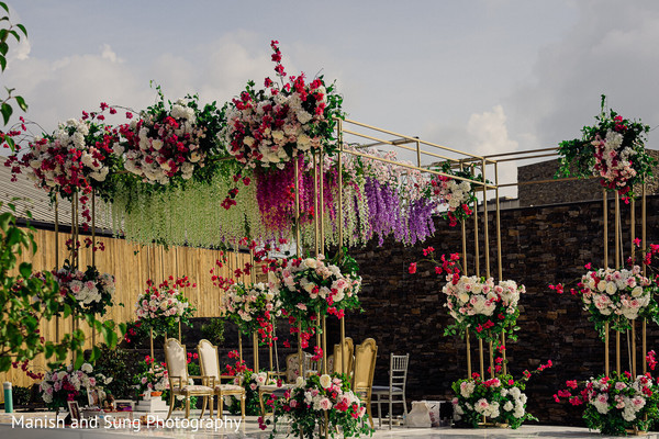 The decorated wedding stage