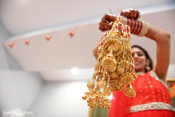 Maharani wearing her golden kalire.
