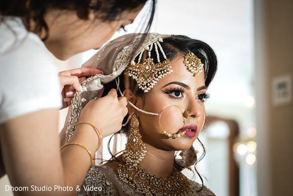Maharani getting her veil set