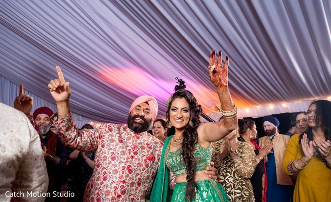 Indian Sangeet dance with maharani.