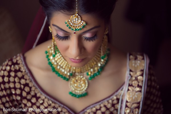 A close up of the Indian bride ready for the ceremony