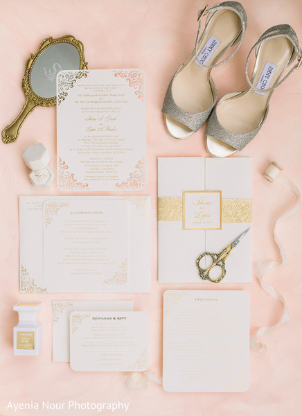 The shoes and jewelry to be used by Maharani around the invitations