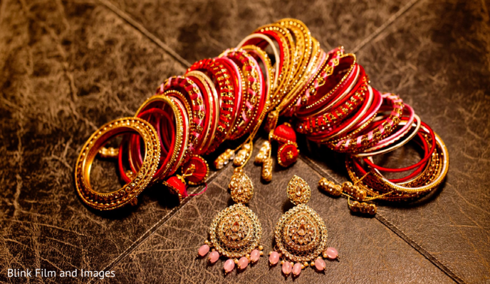 The jewelry to be used by the Indian bride