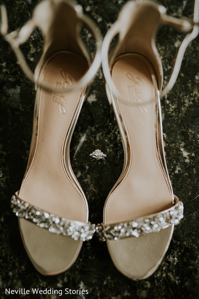 Maharani's wedding shoes with stones.