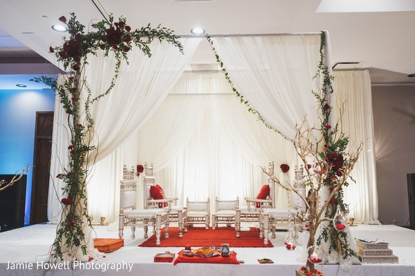 A look to the decorated stage on the wedding hall