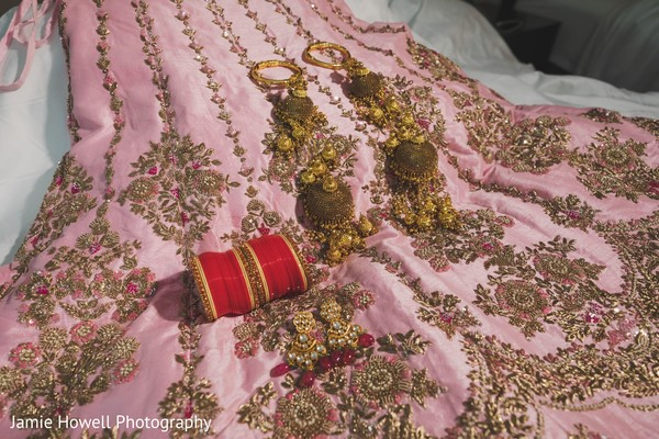 The lengha and jewelry to be worn by Maharani