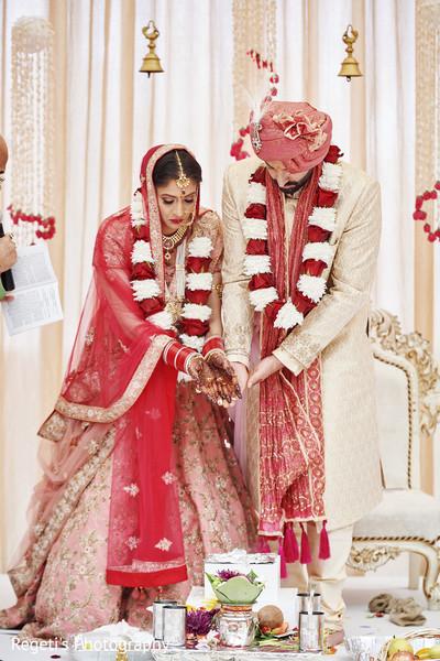 Indian couple doing the Agni ritual.