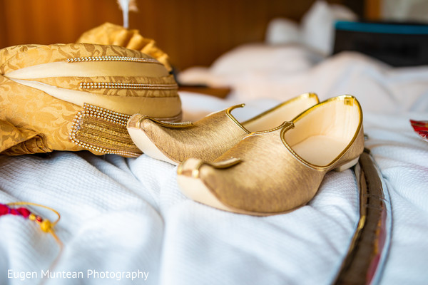 Indian grooms ceremony shoes