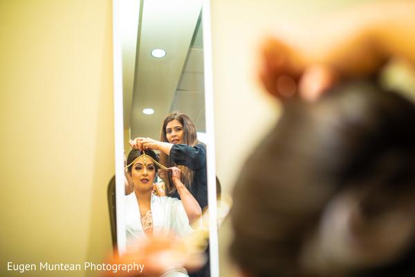 Maharani getting her tikka on.