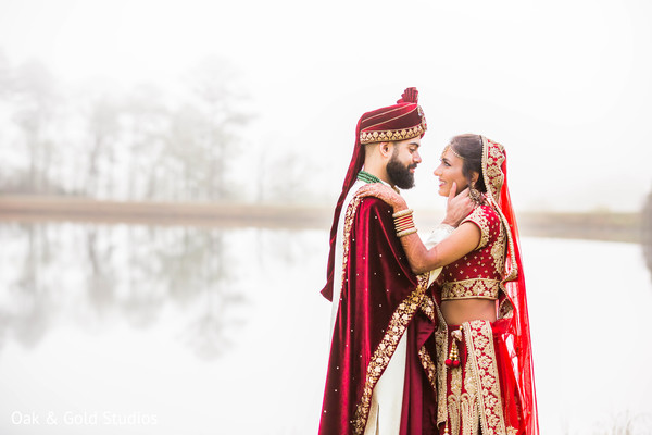 Stunning photo of this lovely Indian couple.