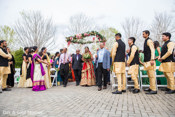 Enchanting Indian brides capture during ceremony.