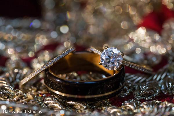 Gorgeous Indian couple set of wedding rings