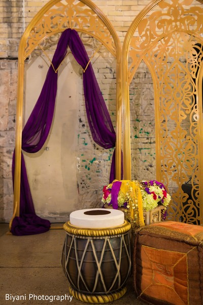 Sangeet dholi table decoration.