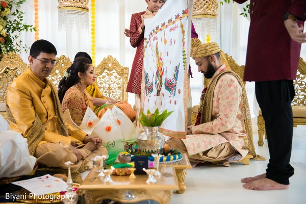 Indian couple separated by antarpat ritual.