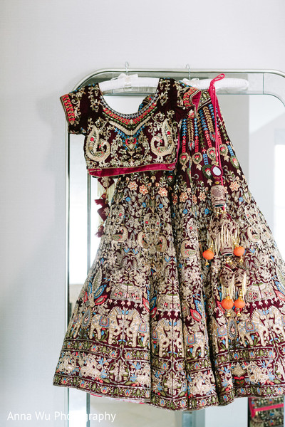 Indian bridal wedding outfit.