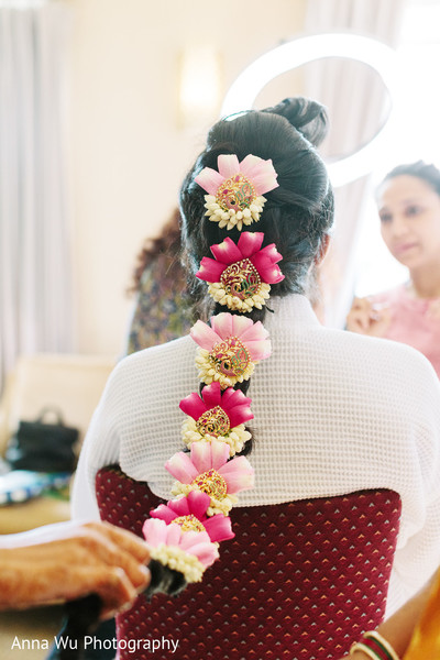 South Indian Bridal Hairstyle with Flowers for Wedding.