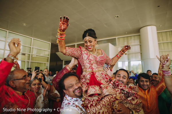 Indian bride lifted by relatives at milni.