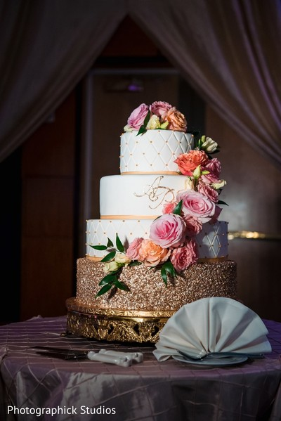 Indian wedding cake roses decorations for cake.
