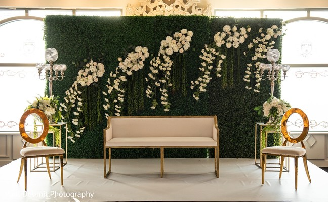 Minimalist and beautiful Indian wedding stage decor.