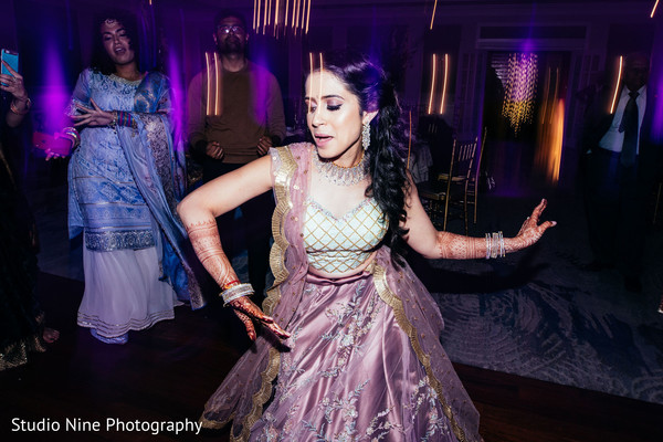 Maharani dancing at reception .
