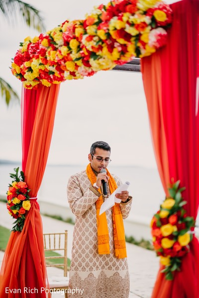 Indian wedding officiant capture.