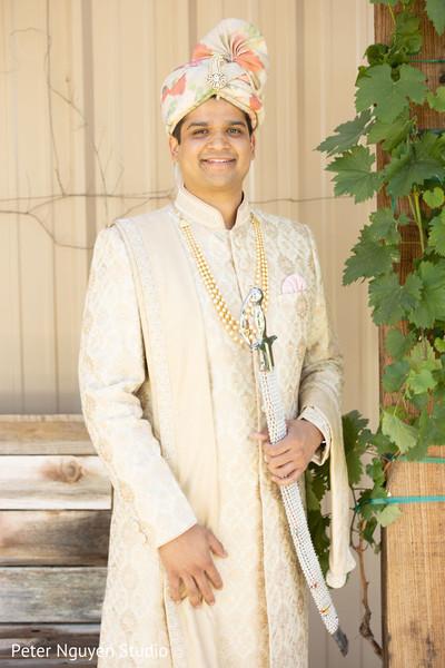 Elegant Indian groom capture