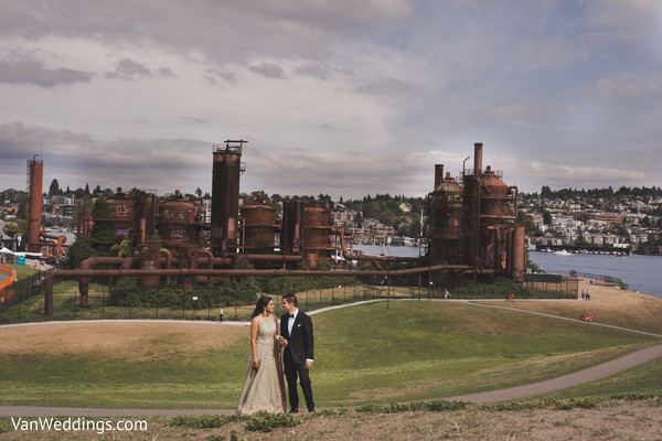 Specatcular shot of bride and groom during their outdoor photoshoot