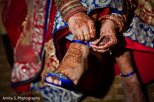 getting ready,indian bride getting ready,bridal mehndi,bridal henna,henna,mehndi,mehndi for indian bride,henna for indian bride,mehndi artist,henna artist,mehndi designs,henna designs,mehndi design,bridal mehndi for feet,mehndi on feet,mehndi designs for feet