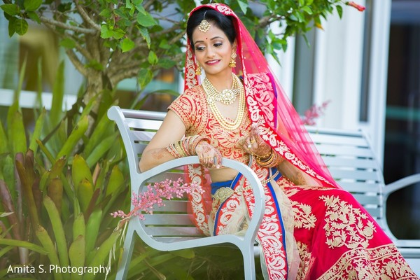 indian bride,red lengha,bridal portrait