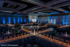 venue,reception venue,indian wedding reception,indian wedding reception venue,candles,candles for wedding,candles for indian wedding,candles for wedding decor,candle lights,candlelight,lighting,mood lighting,lighting elements