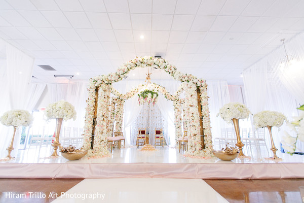 Mandap in El Paso, TX Indian Wedding by Hiram Trillo Art Photography