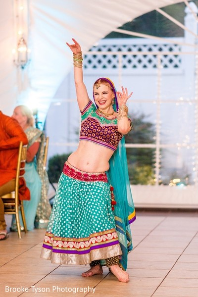 sangeet,sangeet night,pre-wedding celebration,pre-wedding festivities,performers