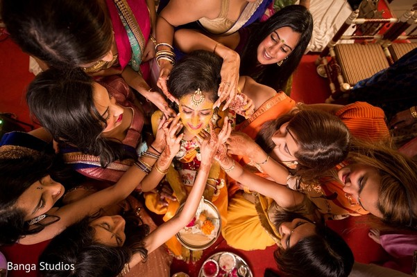 Haldi in Gujarat, India Hindu Wedding by Banga Studios