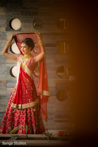 getting ready,indian bride getting ready,red wedding lengha,red bridal lengha,red lengha,red indian wedding lenghas,red wedding lenghas,red lenghas,red bridal lenghas,red indian wedding lehenga,red wedding lehenga,red bridal lehenga,red lehengas,red lehenga