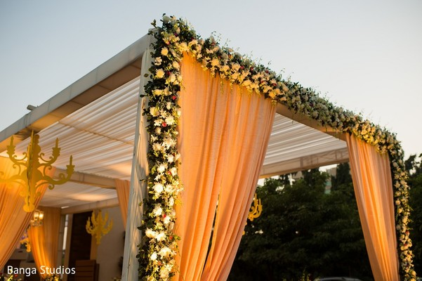 Ceremony Decor in Gujarat, India Hindu Wedding by Banga Studios