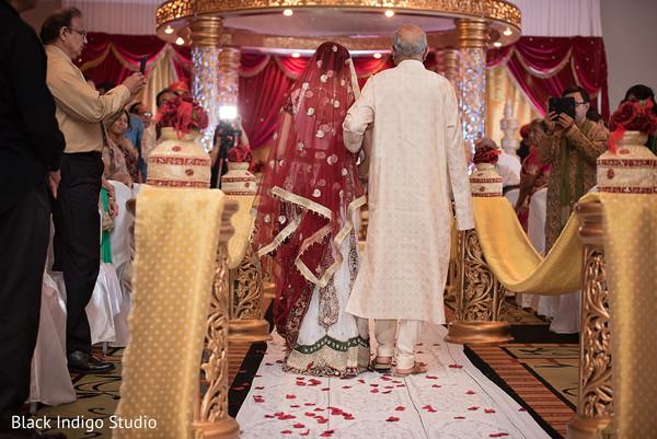 Gujarati wedding in New Orleans, LA Indian Wedding by Black Indigo Studio