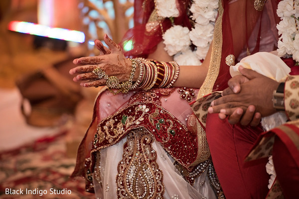 Gujarati wedding in New Orleans, LA Indian Wedding by Black Indigo Studio