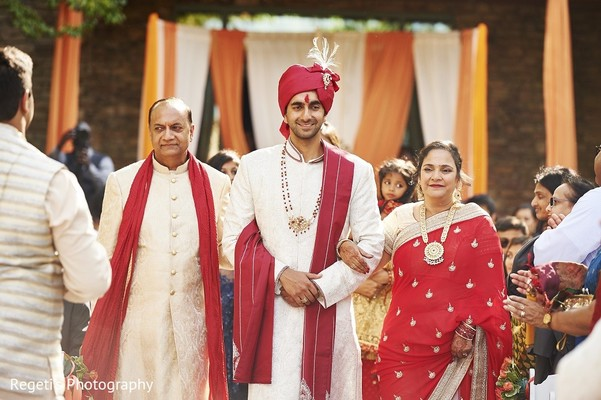 Ceremony in Leesburg, VA Indian Wedding by Regeti's Photography
