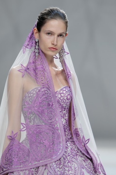 Naeem Khan Spring 2015 Bridal Collection in Mastering Maharani Style With Naeem Khan
