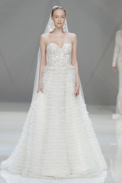naeem khan spring 2015 bridal collection,white wedding gown,bridal fashions