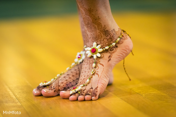 Mehndi designs for feet in Dallas, TX Indian Wedding by MnMfoto